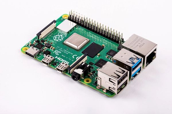 raspberry pi 4 mini-pc
