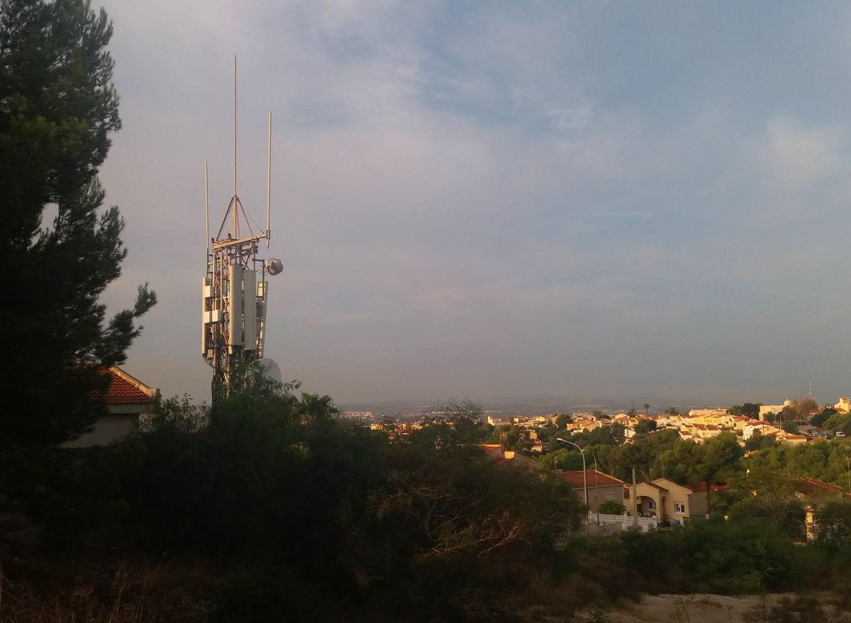 mobiiliverkko masto puhelin 4g verkko torni